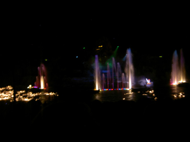 More beautifully lit fountains
