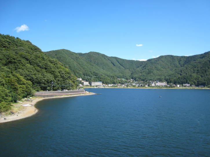 View from the bridge over of Lake Kawaguchi