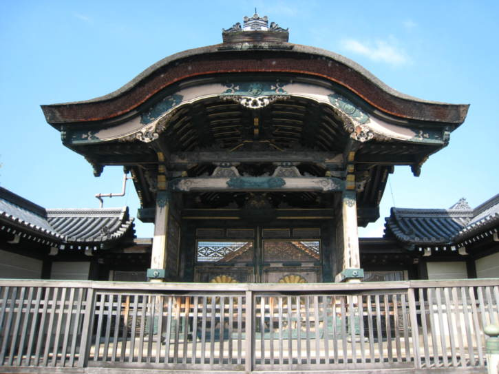 One gate of Higashi Hongan Temple