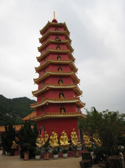Pavilion at the Temple of Ten Thousand Buddhas