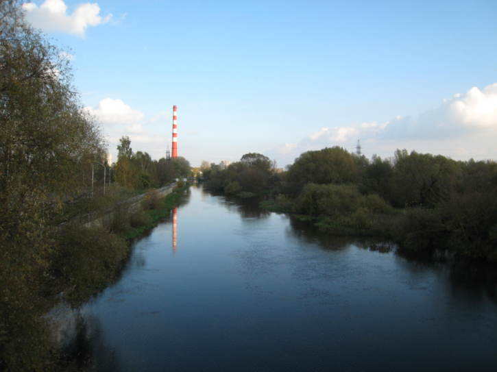 The Mukhavets River