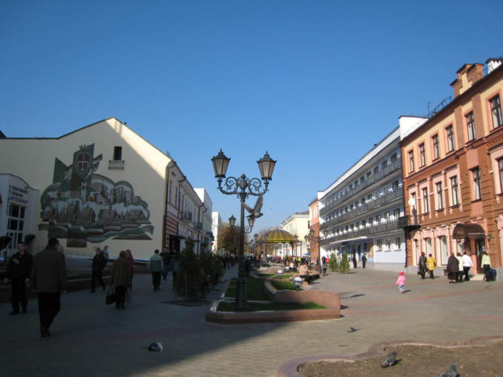 Along Savetskaya Street