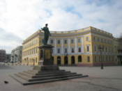 Statue of Duc de Richelieu, first governor of Odessa